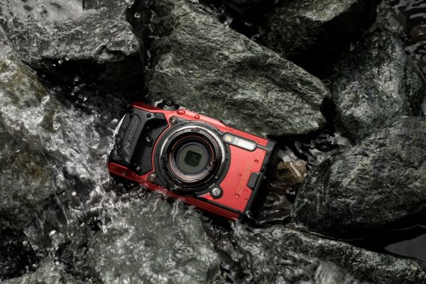 Olympus Tough TG6 Red